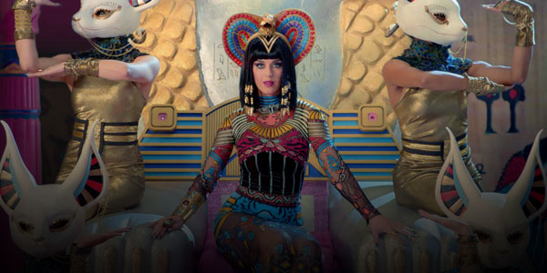 Confirmed: Katy Perry to Headline 2015 Super Bowl Halftime Show