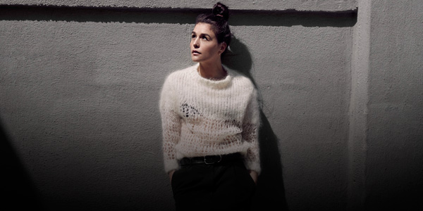 Watch Jessie Ware, Disclosure, One Direction and More Sing