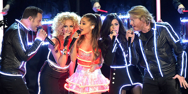 Watch Ariana Grande Join Little Big Town On Stage At the CMAs
