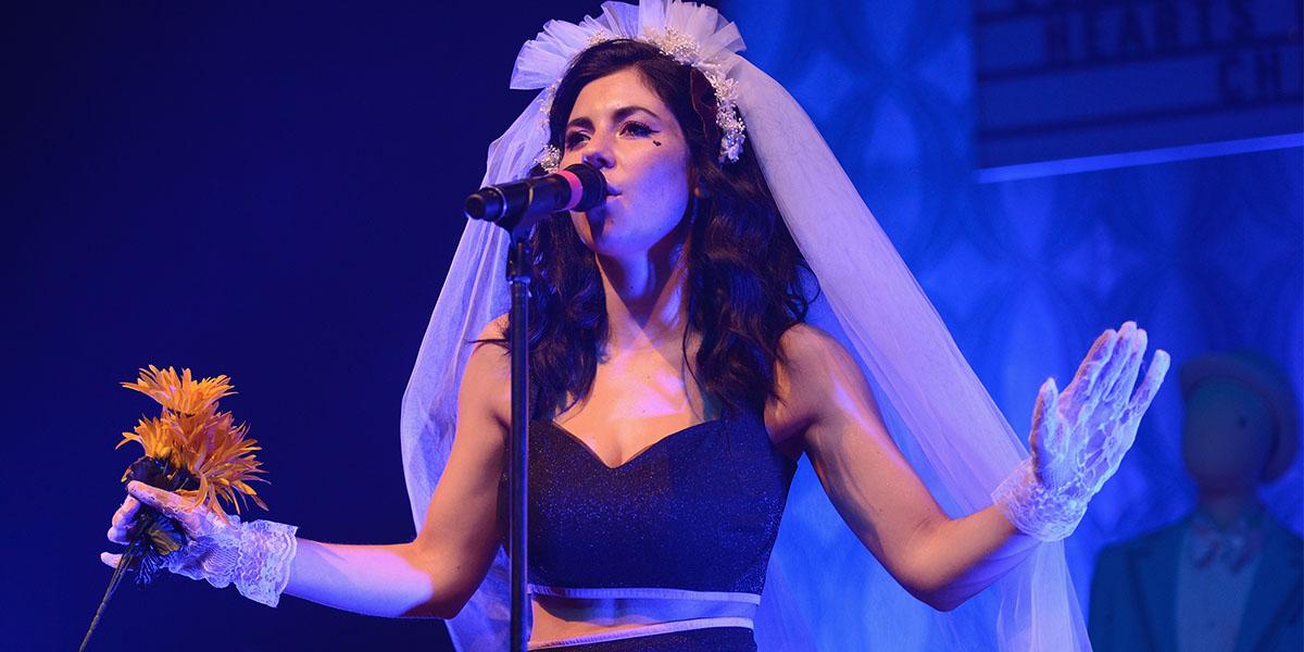 """Marina and the Diamonds Shares New """"Happy"""" Track"""